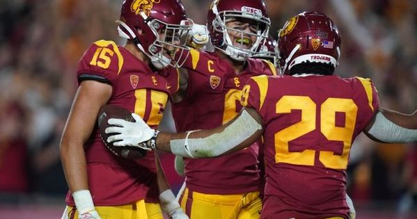 Iowa Vs Usc 12 27 19 College Football Holiday Bowl Pick Odds And Prediction College Football Football College Bowl Games