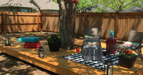 Landscaping around floating deck : Floating deck around a tree back yard decks trees