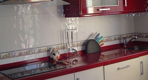 Las cocinas rojas decorar tu casa es facil y rojo - Cocinas rojas ...