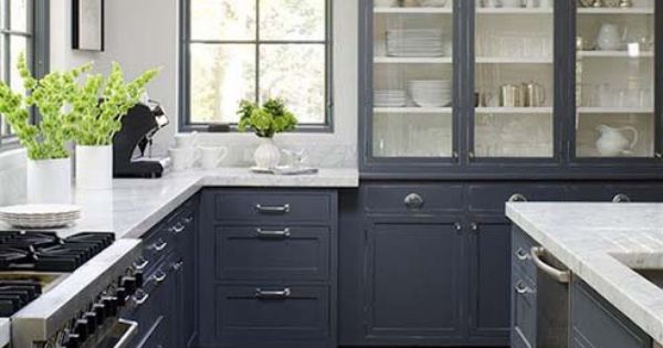 Kitchen. Molding to fill space between kitchen cabinet and ...