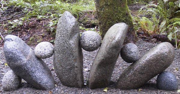 Cool garden rock art: stone-sculpture-in-the-garden.jpg