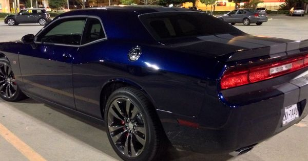 2014 challenger srt8 392 pearl blue with gray stripes black vapor rims random likes and. Black Bedroom Furniture Sets. Home Design Ideas
