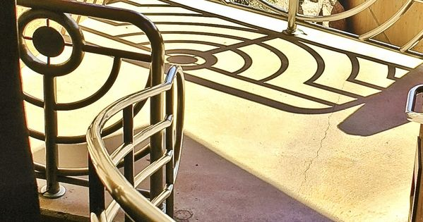 art deco stairwell hoover dam las vegas. Black Bedroom Furniture Sets. Home Design Ideas