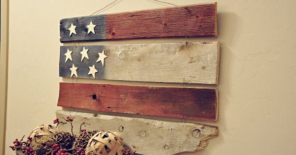 Oh how I am in LOVE with this one! Random barn wood