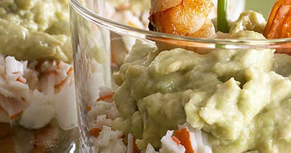 Vasitos de cangrejo gambas aguacate y queso for Canape de cangrejo