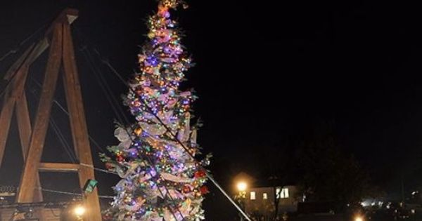 historic folsom california christmas tree lighting ceremony leonardi