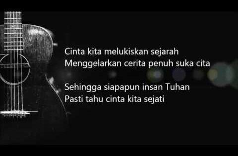 Bunga Citra Lestari Cinta Sejati Ost Habibie Ainun Official Lyric Video Youtube Lagu Cinta Sejati Video