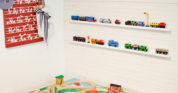 Photo ledge to store/display the trains and cars for the play table.