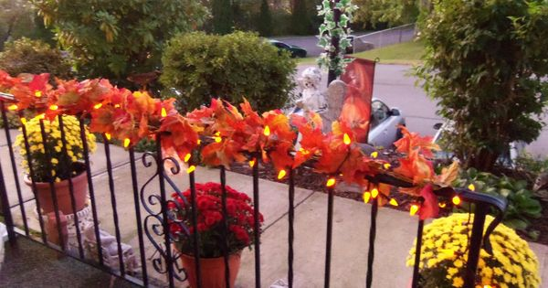 Fall railing decorations church or reception wedding for Fall balcony decorating ideas
