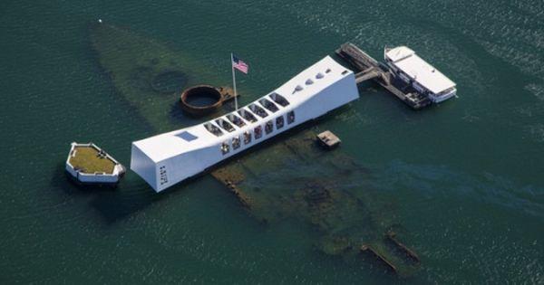 memorial day boat cruise boston