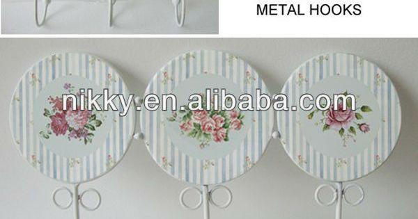 Sombrero de ornamentales y colgadores perchas decoradas for Colgadores para perchas