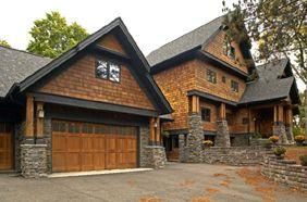 Brown Cedar Homes With Light Gray Roof Cedar Siding Has Quickly Become One Of The Most Popular Materia Cedar Shingle Siding Cedar Homes Exterior House Colors