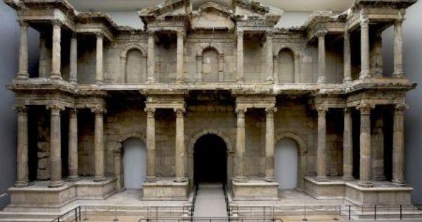Das Pergamonmuseum Auf Der Museumsinsel Berlin Museum Insel Museumsinsel Berlin Museum