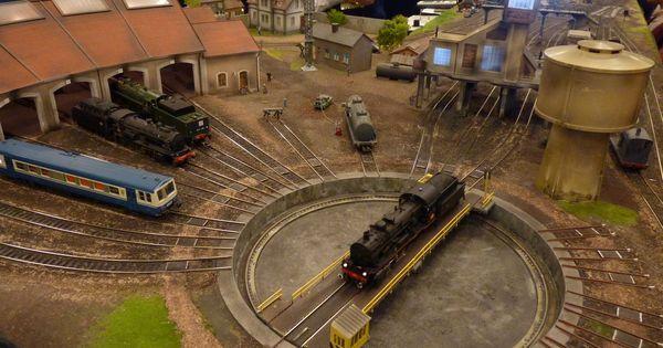 Maquette de d p t de locomotives en ho 15 me salon du for Salon du train miniature