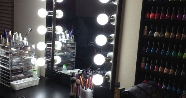 ideas for making your own vanity mirror with lights diy or buy vanities lights and bedrooms. Black Bedroom Furniture Sets. Home Design Ideas