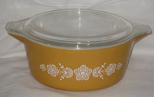 Vintage Corning Pyrex Butterfly Gold 2 12 Quart Round Casserole Baking Dish W Lid Usa You Can Find More Details By Visiti Baked Dishes Glass Bakeware Pyrex