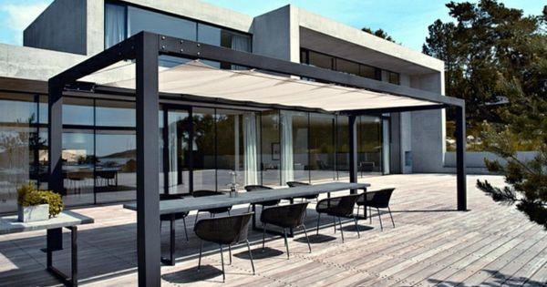 metall sonnenschutz holzveranda essbereich gestalten gartensitzplatz pinterest pergola. Black Bedroom Furniture Sets. Home Design Ideas