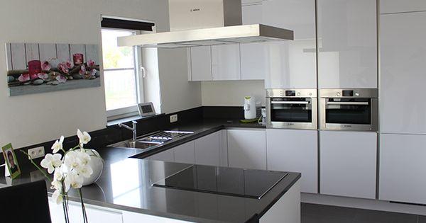 Keukenrealisatie ixina roeselare greeploze keuken cuisine sans poign es cuisine blanche - Deco witte keuken ...