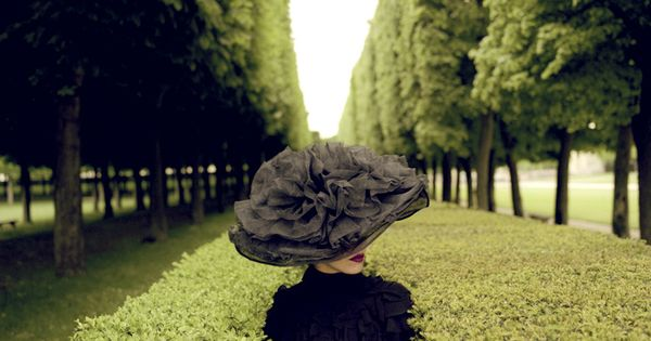 rodney smith - woman's hat