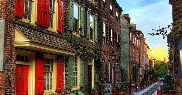 Elfreth's Alley Old City, Philadelphia, Pennsylvania. Oldest residential street in the nation