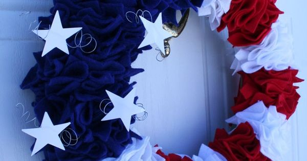 Felt Patriotic Wreath Tutorial! FELT WREATH