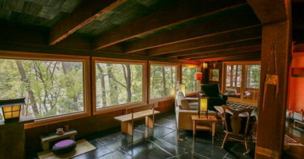 Check Out This Awesome Listing On Airbnb Unique Home In A Great Neighborhood Houses For Rent In Saint Paul Renting A House House Midcentury Modern