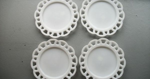 Milk Glass Plates I Have A Few Of These I Ran Ribbon