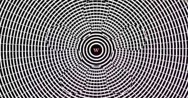 Mind-bending illusion makes you hallucinate | Illusions ...