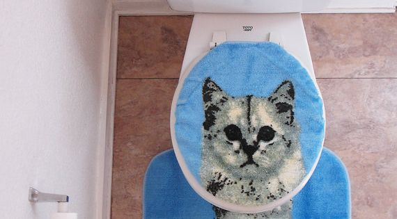{kitty cat toilet set cover/rug} this is so funny! Love it!