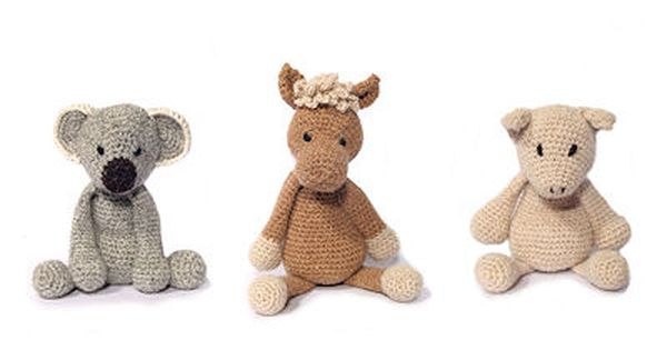 Edward's Menagerie: A Book of Crochet Animal Patterns by Kerry Lord
