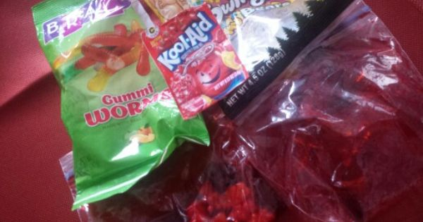 Super Sour Gummy Worms Or Gummy Bears 1 Pack Of Unsweetened Kool Aid 1 Pack Of Gummy Bears Or Gummy Worms Enough Water To Bear Recipes Sour Gummy Worms Gummies