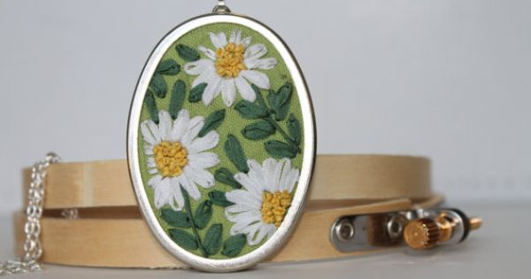 Oval white daisies pendant hand embroidered with silk