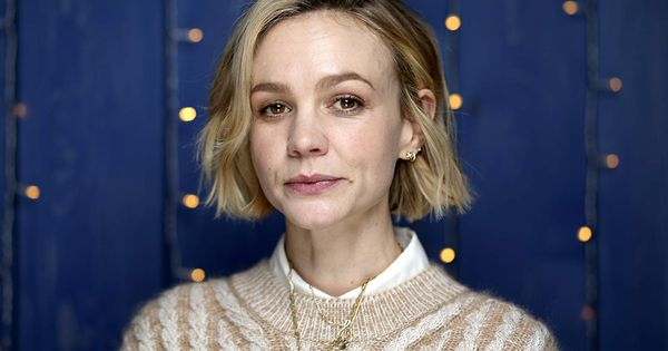 Promising Young Woman Free In 2020 Carey Mulligan Woman Movie Incredible Film