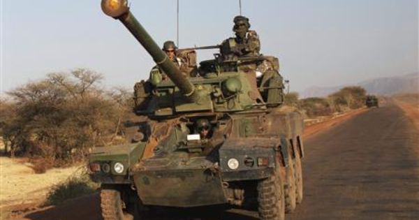 French Soldier Killed In Mali 20 Rebels Dead Armee De Terre Armee De L Air Parachute