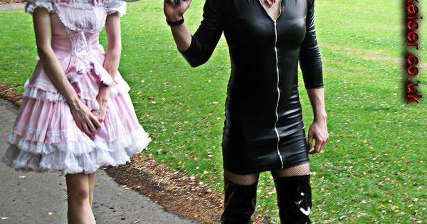Mistress Elizabeth Kaiser of Manchester, transsexual ...