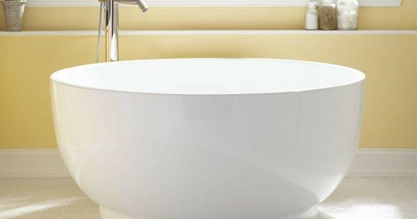 petite baignoire d 39 angle et solutions pour petits espaces petite baignoire d coration de. Black Bedroom Furniture Sets. Home Design Ideas
