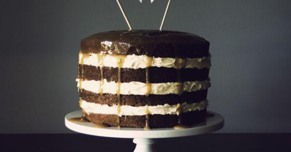 love this pendant banner cake topper