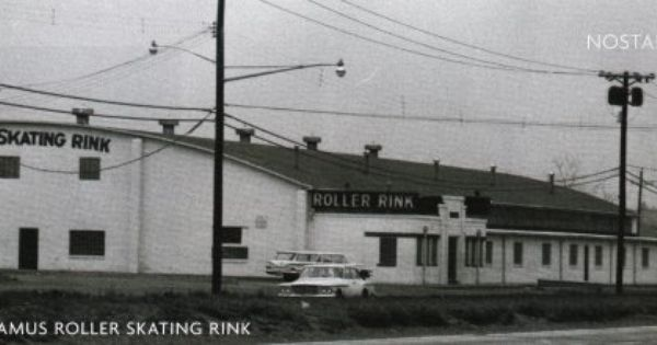 Paramus Roller Skating Rink Ca 1960 Rt 17 North At Midland Ave Paramus Currently Petco Skating Rink Roller Skating Rink Roller Skating