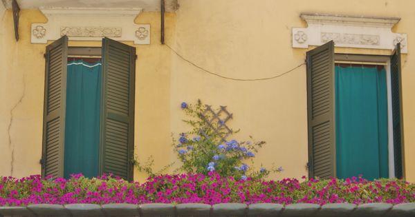 Sirmione, Italië balkon, balcony  Balkon  Pinterest  Balconies