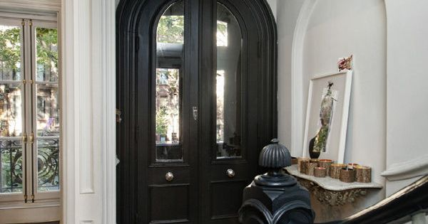 Jenna Lyons Townhouse I love the entry doors
