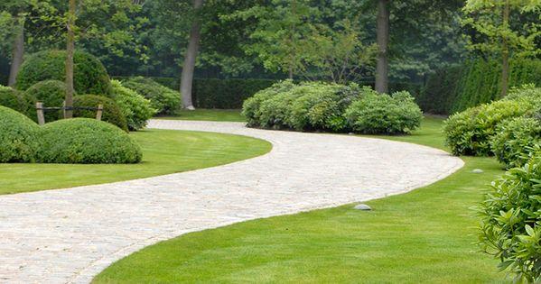 Landscape focused landscape garden design ideas tuin algemeen pinterest tuinen - Geplaveid voor allee tuin ...