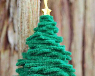 Easy Diy Felt Christmas Tree Ornament Diy Felt Christmas Tree Felt Christmas Little Christmas Trees