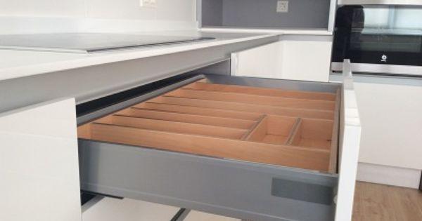 Dise o de cocina en granada muebles de cocina sin tirador - Muebles de cocina granada ...
