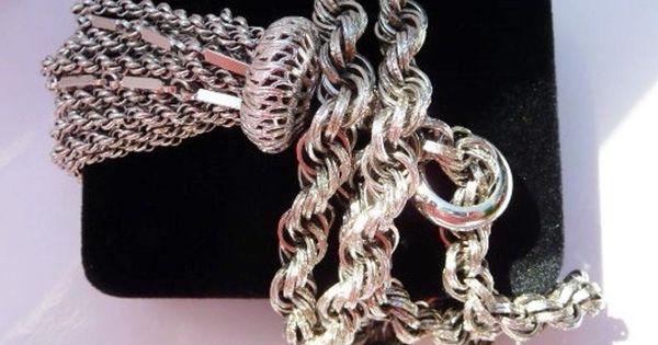 Monet Bib Necklace Signed Cream Enamel Gold Curb Chain Hook Clasp 18 Vintage