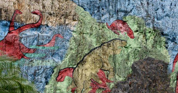 Meridian travel going back mural de la prehistoria cuba for Mural de la prehistoria cuba