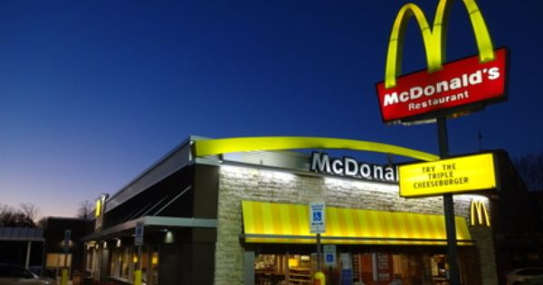 Mcdonald S Pushes Pro Fast Food Film In Schools Food Fight Mcdonalds Food Film