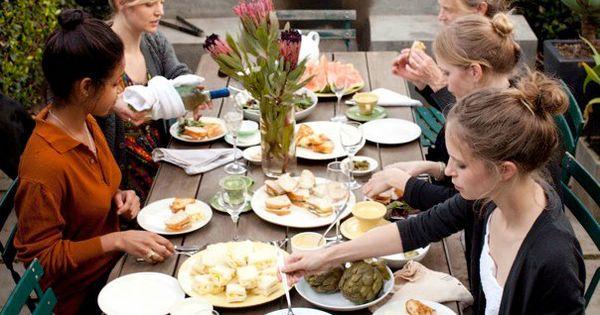 tea party/picnic in Venice   mmmm   Pinterest   Venice, Picnics and I ...