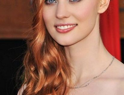 Deborah Ann Woll - would perfect to play Breanna in Outlander!! Can't