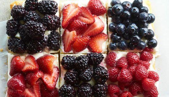 Berry Patchwork Tiramisu Tiramisu Cake| http://tiramisualexander.blogspot.com