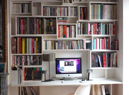 bureau biblioth que ordinateur dans salle de jeux salle de jeux pinterest photo bd. Black Bedroom Furniture Sets. Home Design Ideas